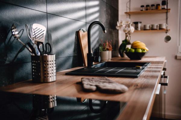 Las cocinas negras son tendencia